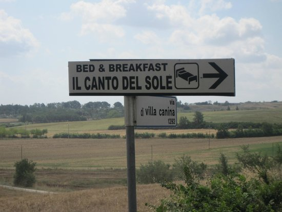 Il Canto del Sole : Road Sign