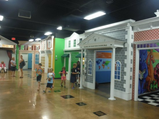 The Storefronts Picture Of Children S Museum Of Richmond