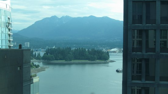 Coast Coal Harbour Hotel by APA: View from Hotel Room
