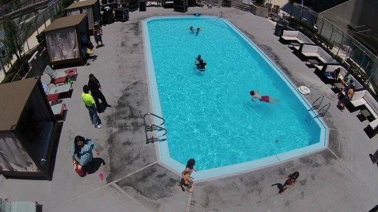 Grand Hotel Tijuana: Enjoy our renovated pool area