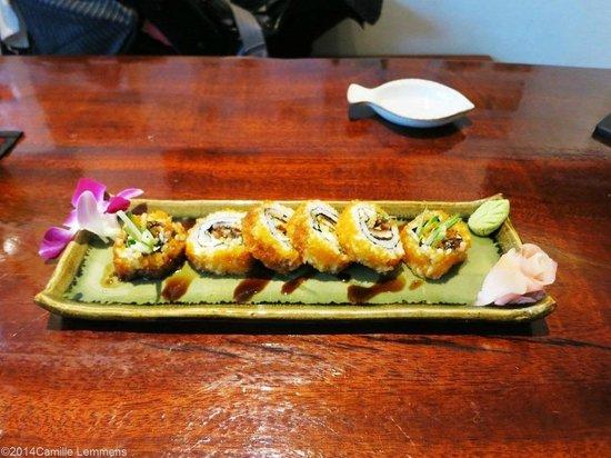 KOBORI Japanese Restaurant : Eel california roll