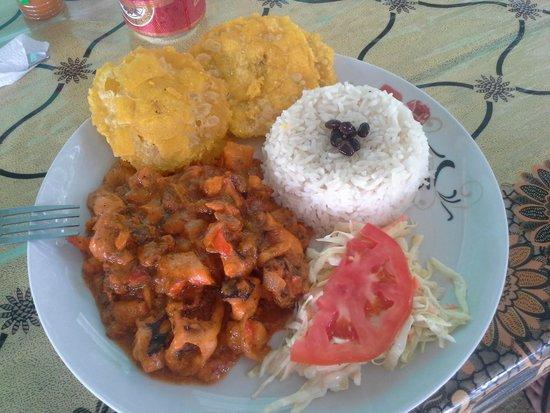 Hotel Oasis: food