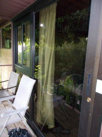 Hostal Garden by Refugio del Rio: Tree House Patio