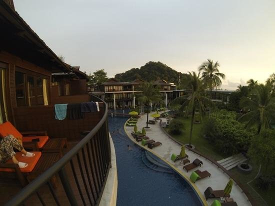 Holiday Inn Resort Krabi Ao Nang Beach : view from the room on 3rd floor