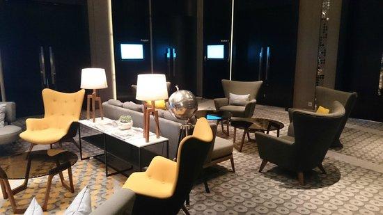 Le Meridien Kuala Lumpur : Lobby Area