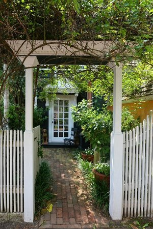 Porches on the Towpath: Arbor