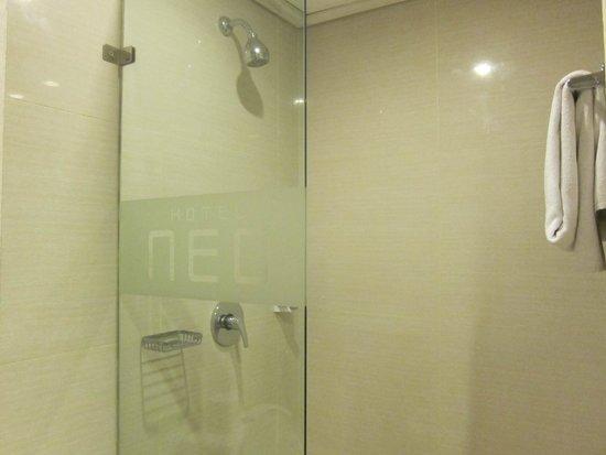 favehotel Tanah Abang - Cideng: shower area