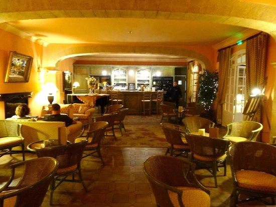 La Bastide du Calalou : Salón/bar