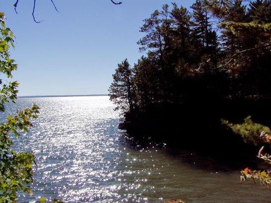 Houghton Falls Nature Preserve: Houghton Point 2