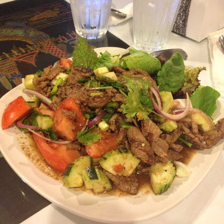Thai Country Restaurant : Beef Salad