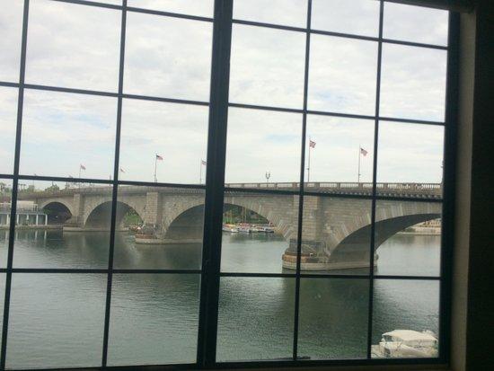 London Bridge Resort: The bridge