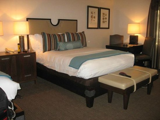 Enchantment Resort : one of our beds in the room