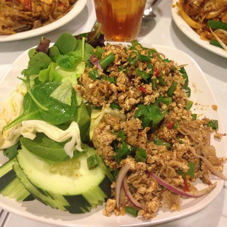 Thai Country Restaurant : Chicken Larb!! Oh so good, the hotter the better it taste!!