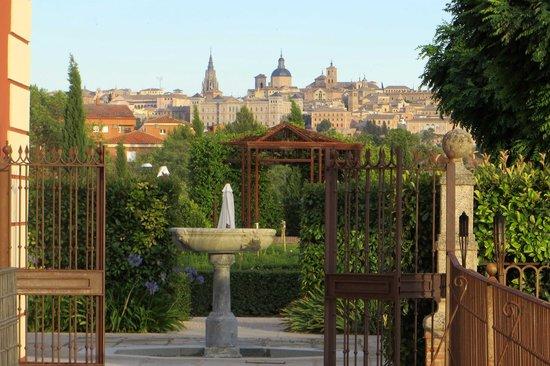 Eurostars Palacio Buenavista: Garden view of Toledo