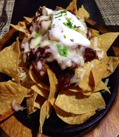 Fire Grill Steak House & Lounge Bar: The best ever Nachos!!