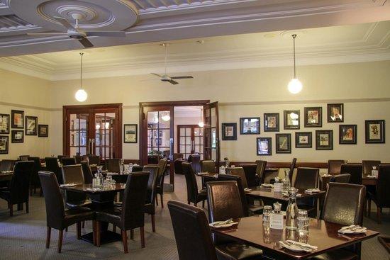 Yallingup Caves Hotel Restaurant: Dining Room