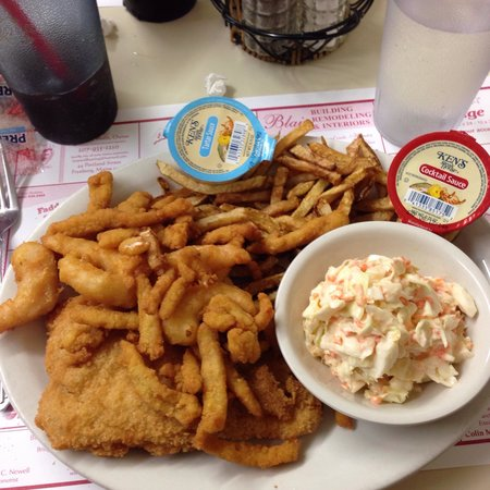 Rosie's Lovell Village Store : Seafood Platter w/cole slaw