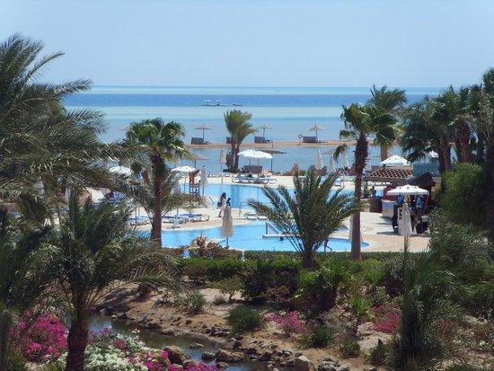 Mövenpick Resort Hurghada: Pool/Beach Area