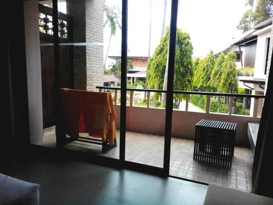 Weekender Resort & Hotel: балкон