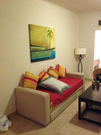 Tesoro Los Cabos: Sofa from Junior Suite Room