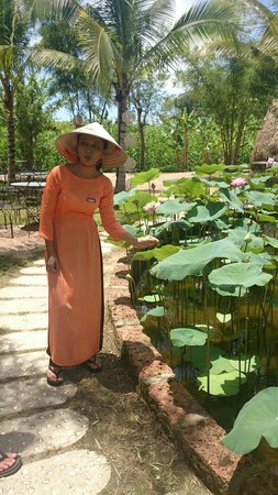 Hoi An Silk Village : Good English speaking guides