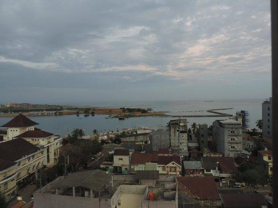 favehotel Daeng Tompo : Pemandangan dari kamar di lantai 10