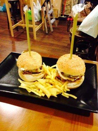 Restaurante a vaca hamburgueseria bar en santiago de - Oido cocina coruna ...