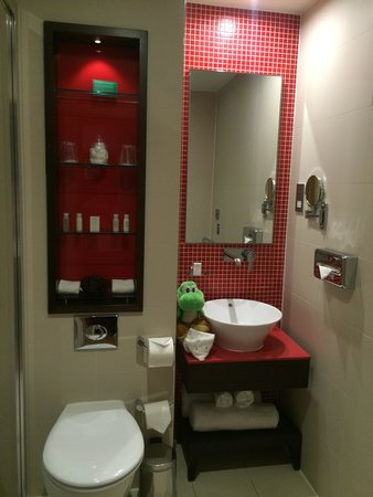 Hotel Indigo London-Paddington: Room 206_bathroom
