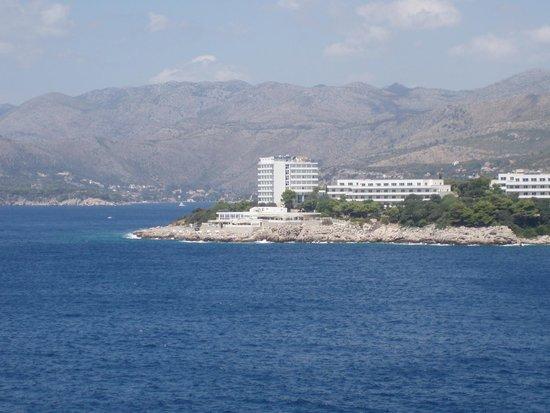 вид из номера Hotel Dubrovnik Palace