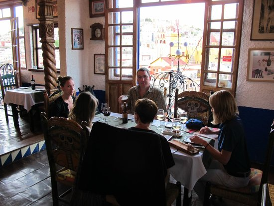 El Gallo Pitagorico : Dining with a view