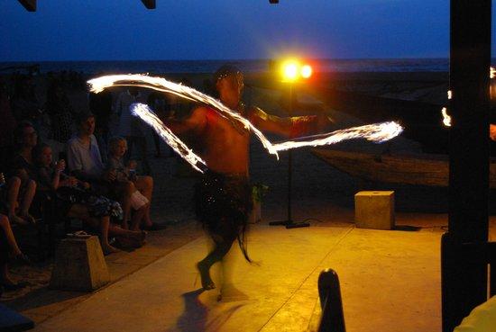 Jetwing Beach : Evening entertainment