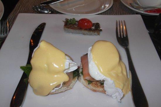 Maradiva Villas Resort and Spa: Breakfast