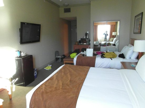 Prestige Harbourfront Resort : rooms