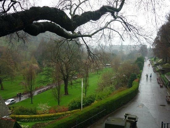 Princes Street Gardens : In the mist