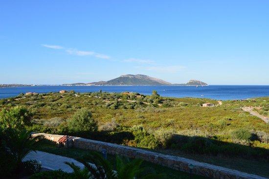 Club Hotel Baia Aranzos : Vista di Golfo Aranci dalla camera