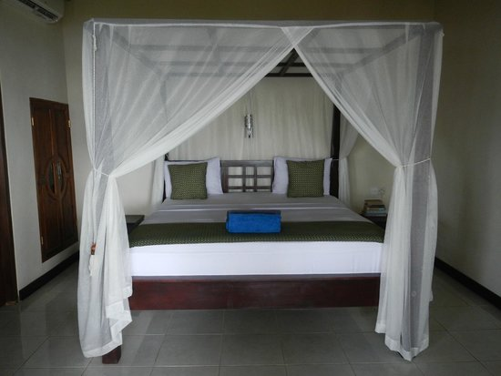 Solaluna Beach Homestay: Beautiful clean bed