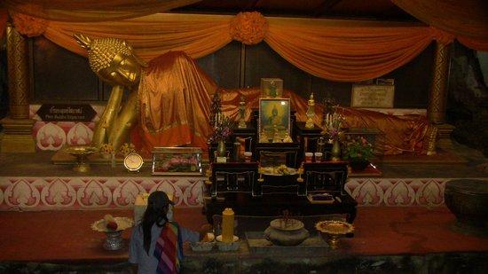 Khao Pun Cave : Bhudda