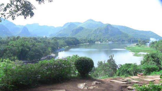 Khao Pun Cave : river view