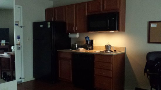 Candlewood Suites Augusta: Kitchen