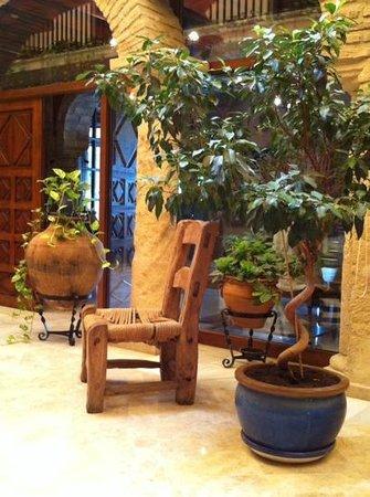 Hacienda Posada de Vallina : lovely courtyard