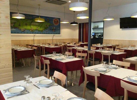 Photo of Mediterranean Restaurant Restaurante Típico Ilha da Madeira at Rua De Campo De Ourique 33-35, Lisbon 1250-059, Portugal