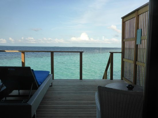 Vilamendhoo Island Resort & Spa: View from our bure