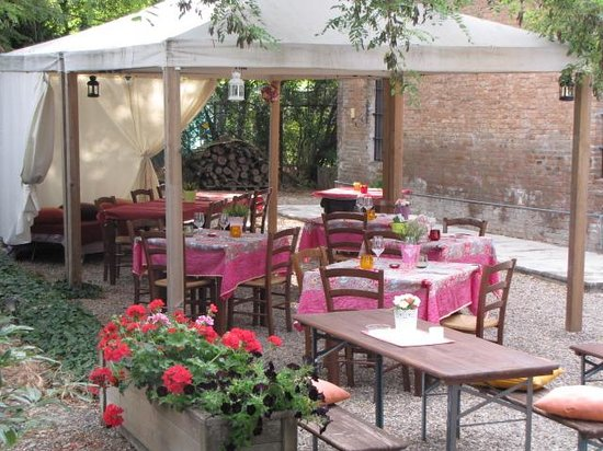 Osteria N.1 San Lazzaro : parco esterno