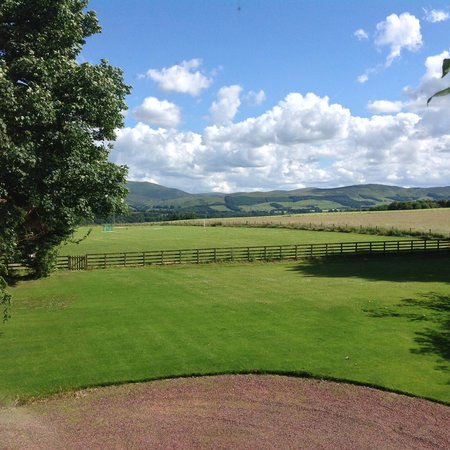 Cormiston Farm B&B : View from the bedroom