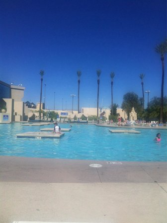 Luxor Las Vegas: Beside the pool..