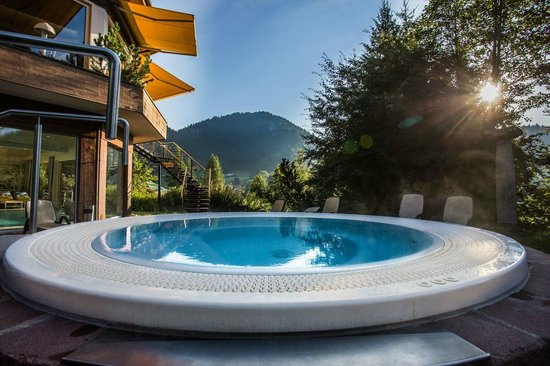 Alpenhotel Oberstdorf: Whirlpool