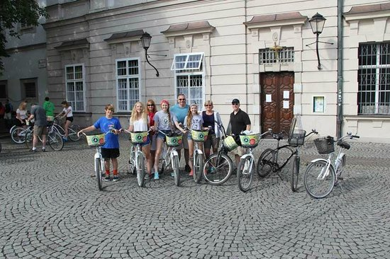 Fraulein Maria's Bicycle Tours: Our Group on the Sound of Music / City Tour