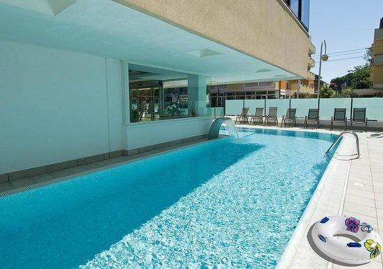 Hotel Strand: La piscina riscaldata