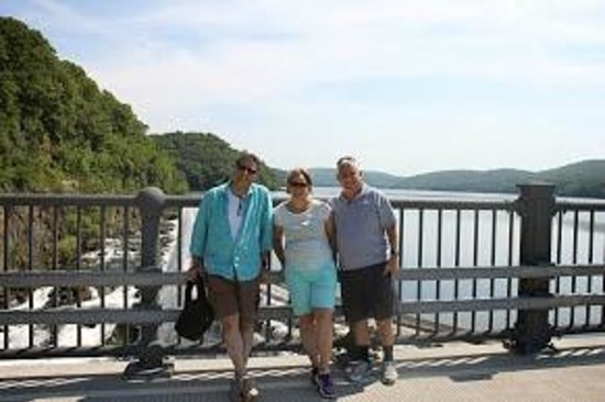 New Croton Dam: above the dam