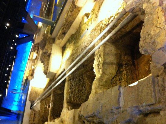 Antiquarium de Sevilla: Fábrica salazones